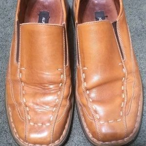 Alfani Pluto Brown Leather Slip on Casual Loafers